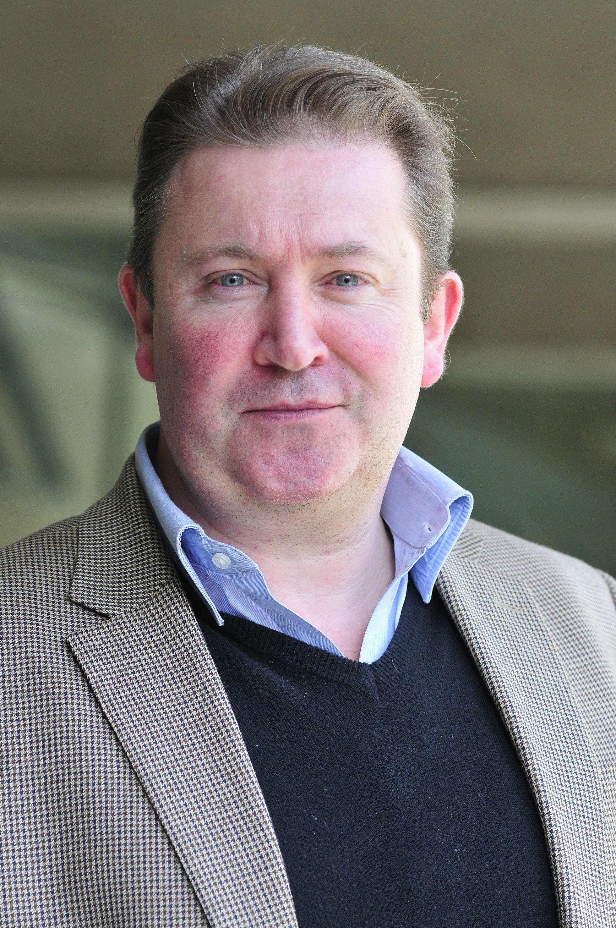 Dr. Gareth Owen (AC)